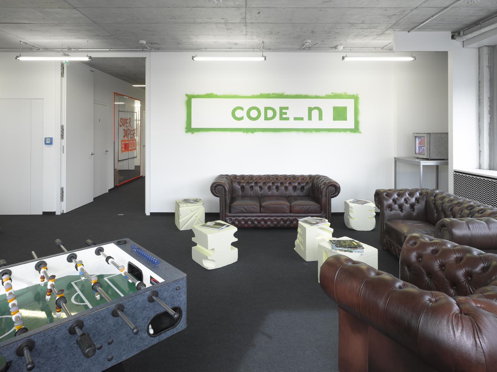CODE_n SPACES Community Area with Lounge Corner