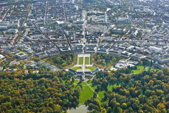 Digitalisierung-11-Gründe-warum-Karlsruhe-gewappnet-ist-1068x712